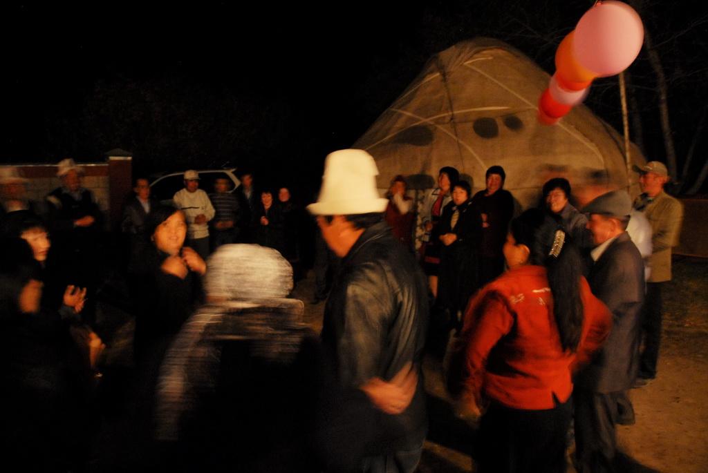 Photo d'un mariage au Kirghizistan