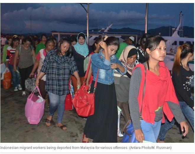 On y voit des travailleuses migrantes indonésiennes.