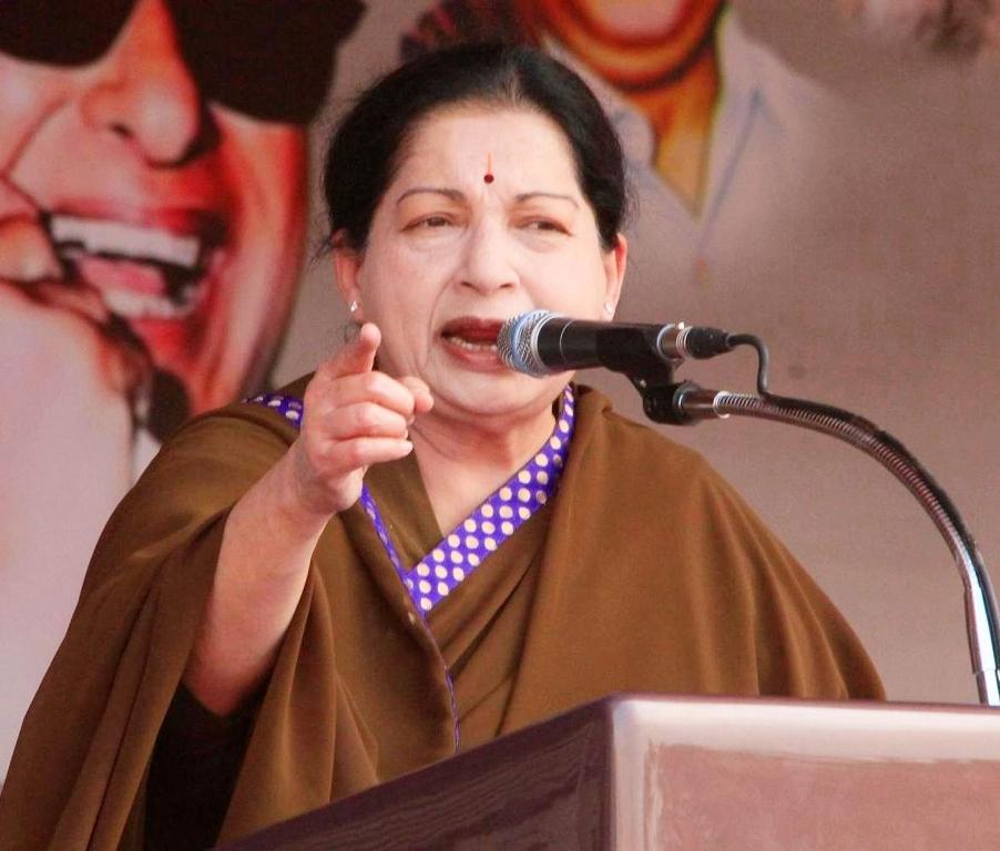 La ministre-chef de l'Etat du Tamil Nadu, J. Jayalalithaa lors d'un meeting électoral à Tirunelveli le 11 avril 2014. (Crédit : The Times of India/ K Antony Xavier)