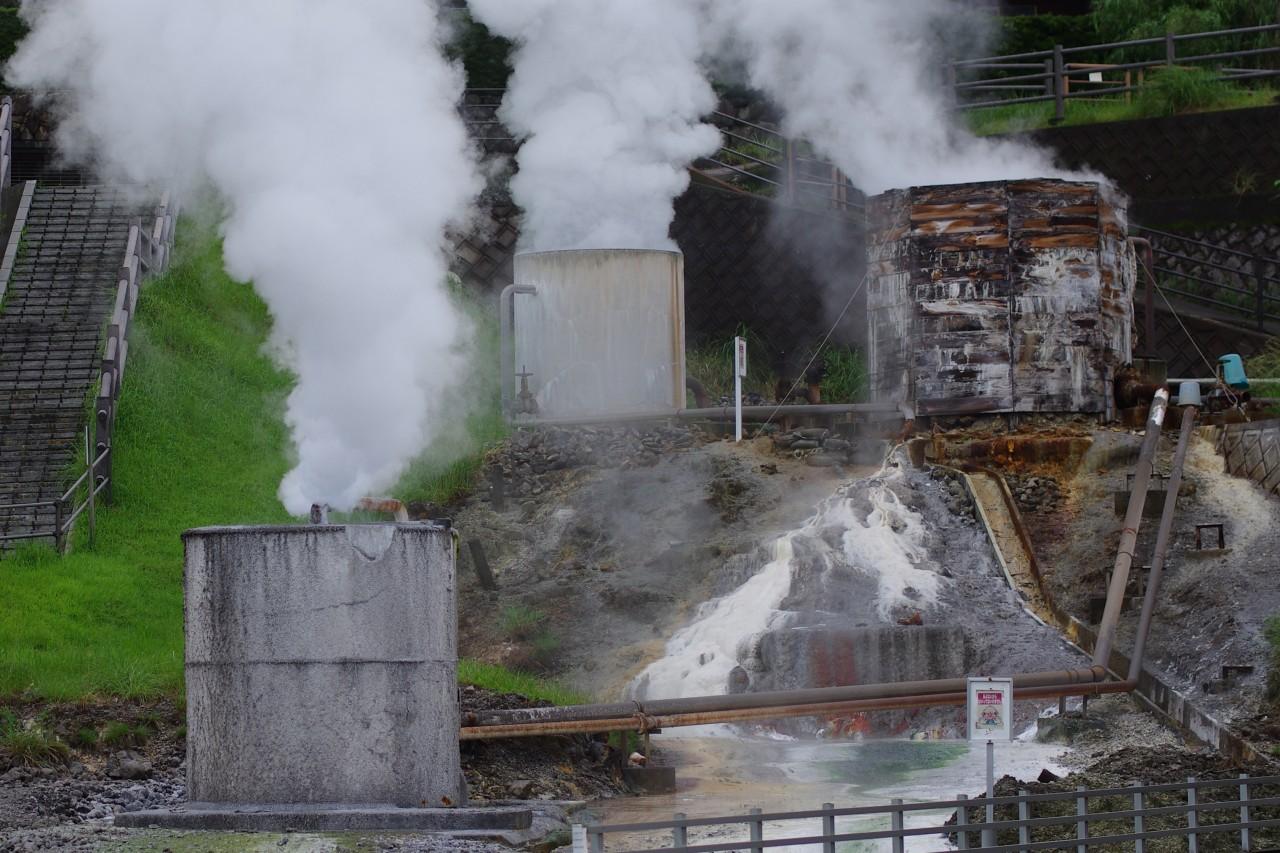 - Vapeur géothermique dans la ville de Kirishima en 2015. (Copyright : Jean-François Heimburger)