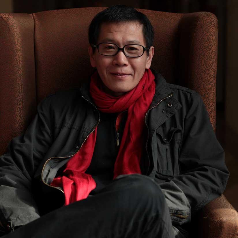 """Qi Xin, architecte DPLG, architecte diplômé de l'université de Qinghua. Président et Architecte en Chef de l'agence """"Qi Xin architects and Engineers"""". Vice-professeur. Chevalier des Arts et Lettres. (Crédit : D.R.)."""