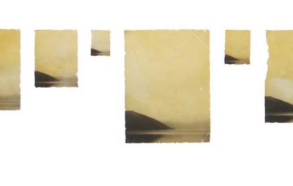 """""""Half"""", une photographie de l'artiste chinois Guo Peng (2015) - 7x9.2cm, 5x6.5cm, 2.2x3cm, 9.7x13cm, 3x4cm, 8x10.5cm. Edition: 1/6."""