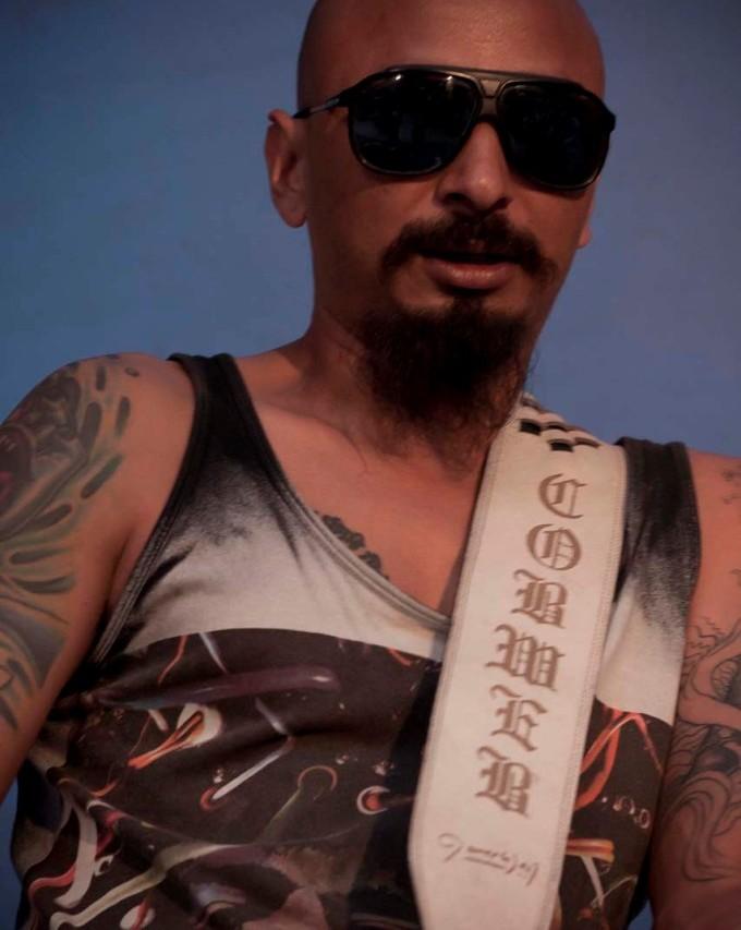 Nilesh Joshi, bassiste et fondateur du groupe de rock népalais Cobweb. (Copyright : Ingrid Chiron)