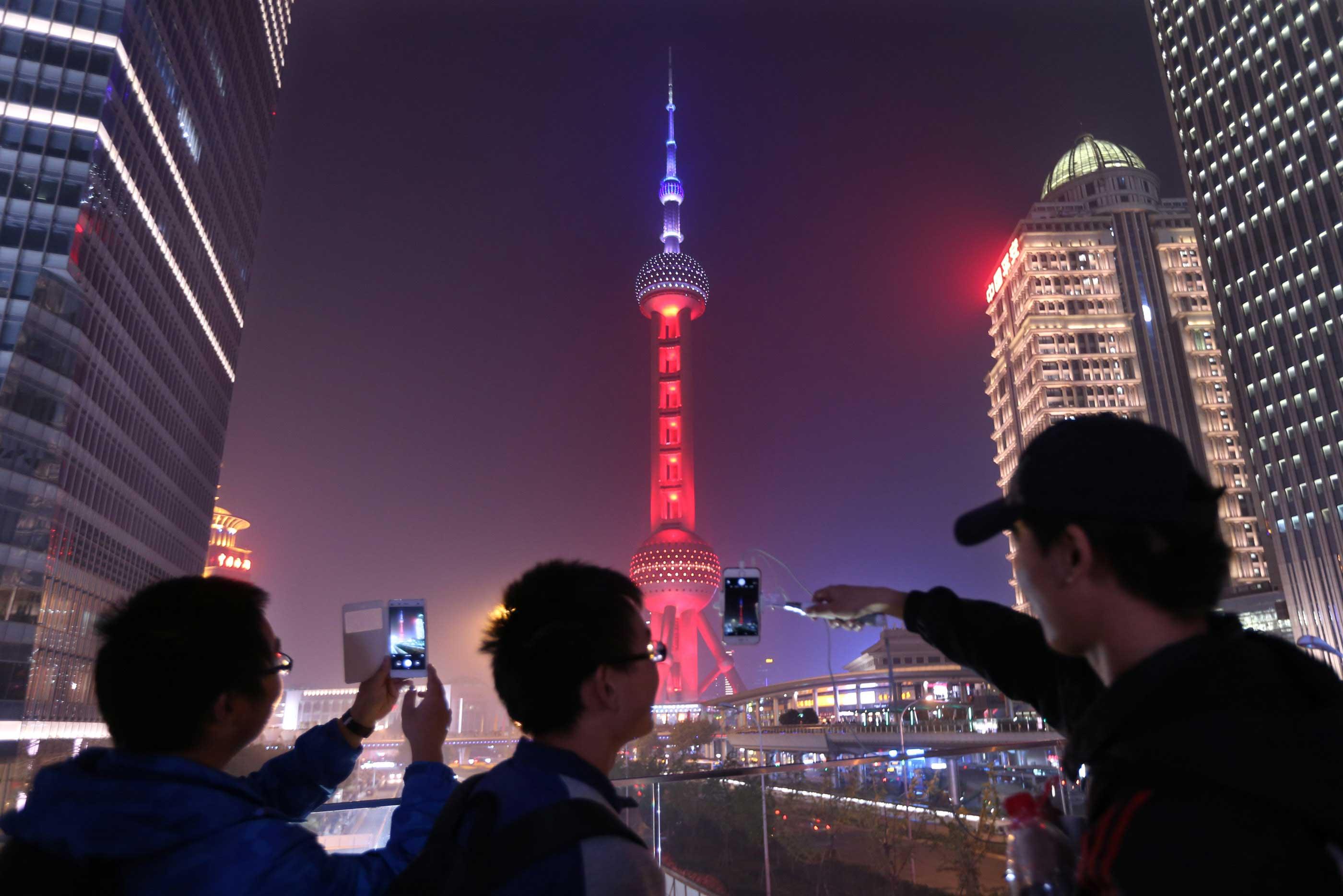 Pearl tower shanghai tricolore