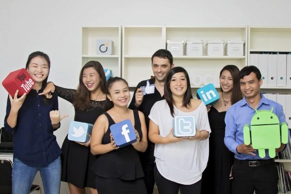 L'équipe de l'agence digital de communication et marketing Endorphine Concept à Phnom Penh, au Cambodge. (Crédit : DR)