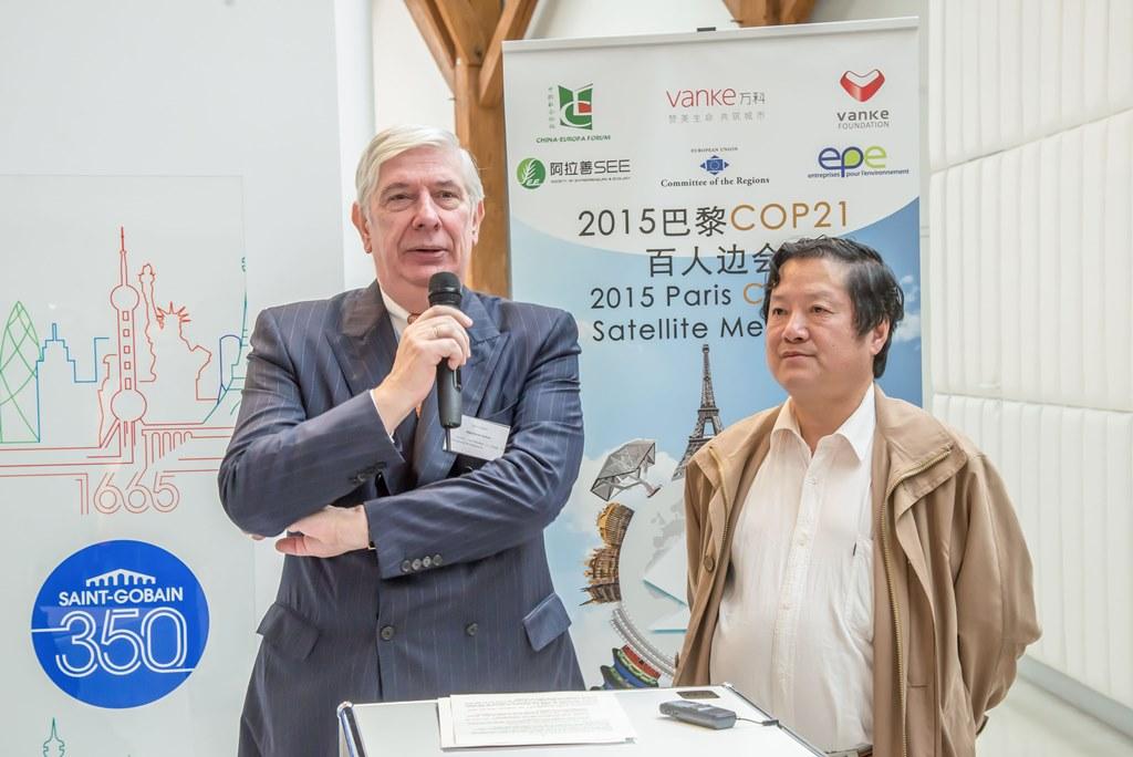 Jean-Claude Breffort, directeur adjoint chargé du développement international de Saint-Gobain, le 2 décembre 2015.