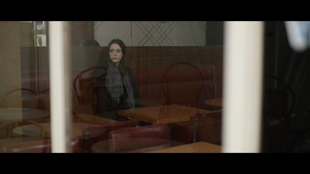 "L'actrice Stacy Martin dans le rôle de Louise, dans ""Taj Mahal"", un film de Nicolas Saada."