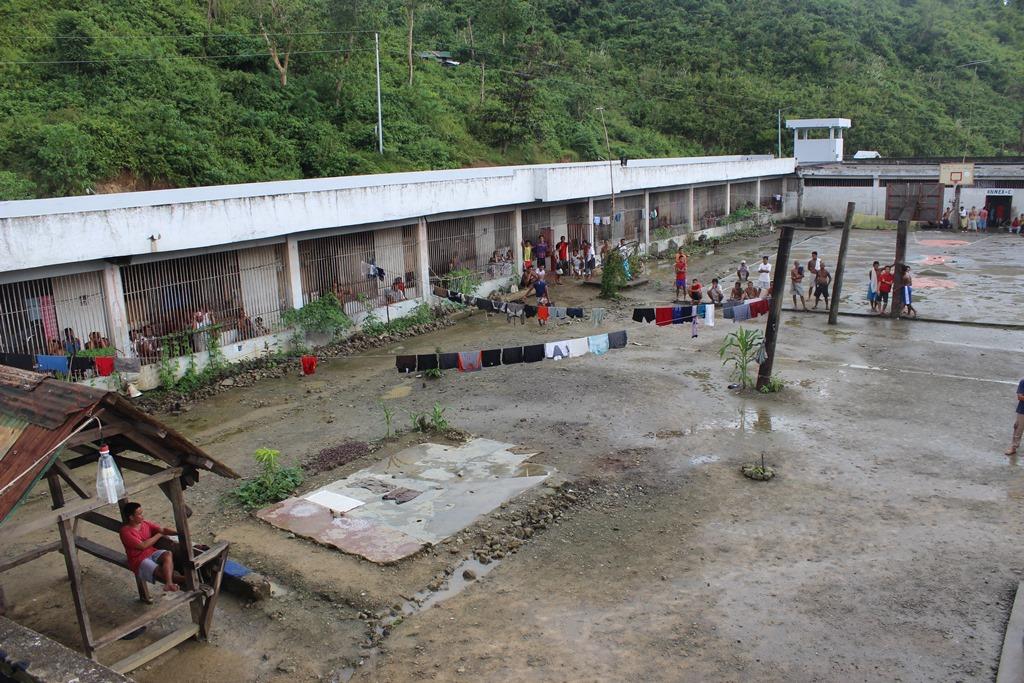La prison de Palo, endommagée par le typhon Haiyan, puis reconstruite par ses détenus.