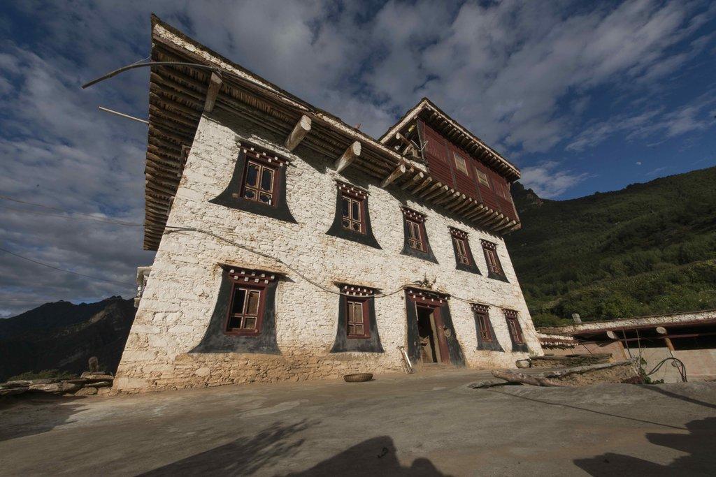 """La """"maison forteresse"""" à Zhonglu d'Apple et Shuqin comme fer de lance pour redynamiser et développer le village."""