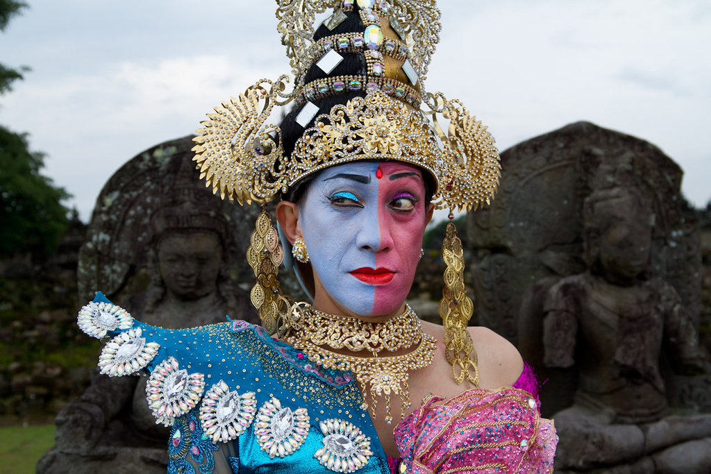 Le danseur et comédien Didik Nini Thowok