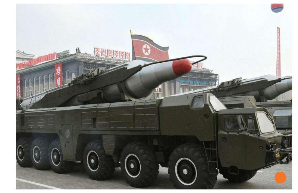 """Pour fêter l'anniversaire de Kim Il-sung, la Corée du Nord préparerait un tir de missiles. Copie d'écran du """"South China Morning Post"""", le 14 avril 2016."""