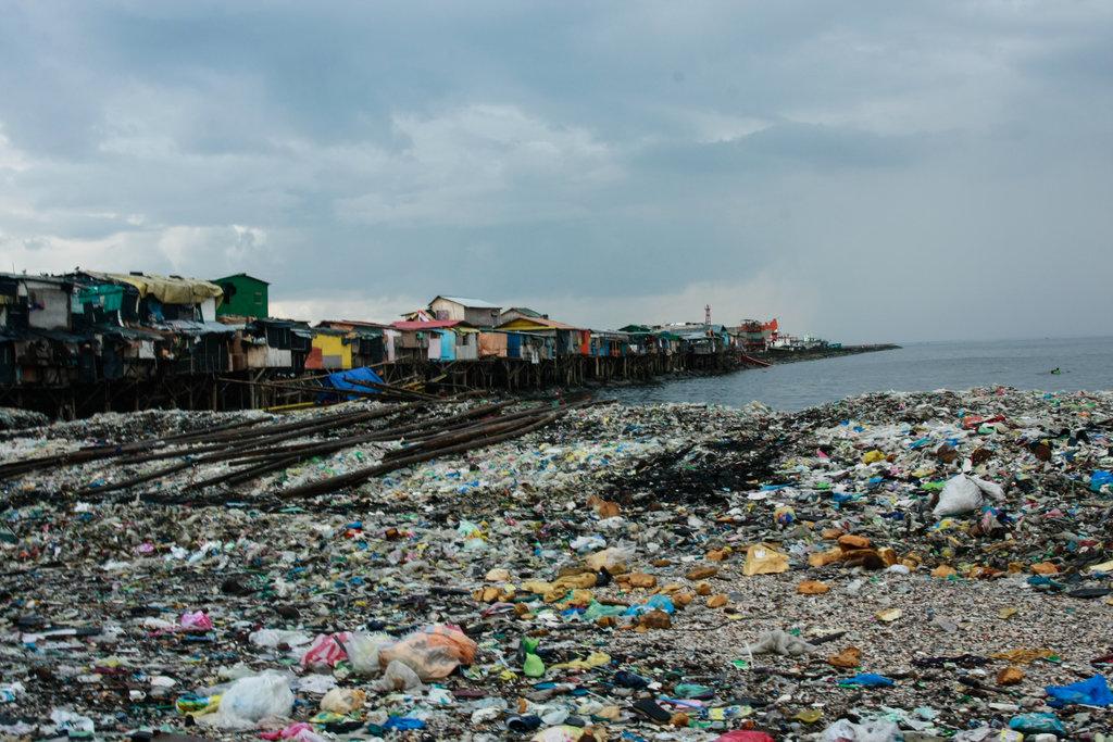 Le bidonville de Baseco est l'un des nombreux théâtres de la misère des habitant de la mégalopole de Manille.