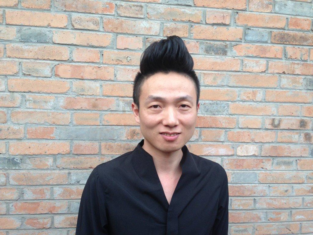 Pour les gays de Chine, une constante : système D et ingéniosité pour échapper à la terrible chape de la pression familiale.