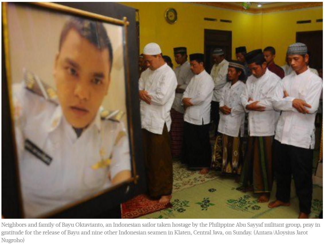 """Pas de rançon, mais des négociations de qualité pour la libération des 10 otages indonésiens par Abou Sayyaf. Copie d'écran du """"Jakarta Post"""", le 2 mai 2016."""