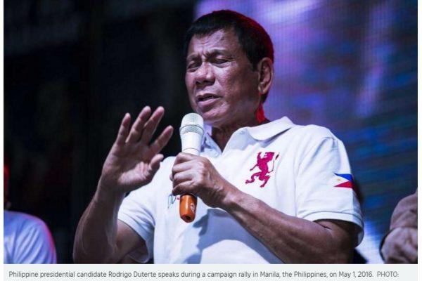 """Rodrigo Duterte envisage des pourparlers bilatéraux avec la Chine si les négociations multilatérales échouent d'ici deux ans. Copie d'écran du """"Straits Times"""", le 2 mai 2016."""