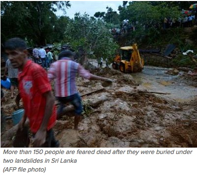 """Les secours et la population s'affairent pour tenter de sauver les survivants des glissements de terrain. Copie d'écran du site """"Times of India"""", le 18 mai 2016."""