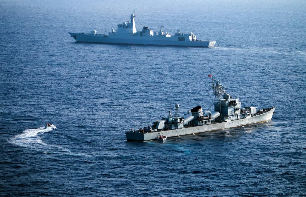 Deux navires de la flotte chinoise en mer de Chine du Sud participent à un exercice naval dans les îles Paracels.