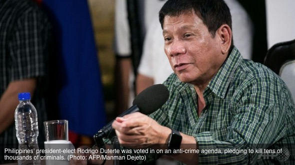 """Le président philippin, Rodrigo Duterte a voté un programme anti-crime, et s'est engagé à tuer des dizaines de milliers de criminels. Copie d'écran de """"Channel News Asia"""", le 1er juin 2016."""
