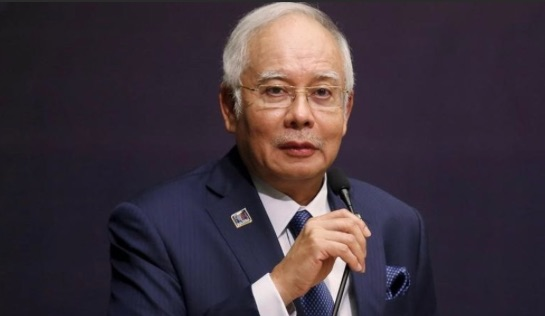 Deux nouveaux ministres rejoignent le gouvernement de Najib Razak, qui pourrait prochainement organiser de nouvelles élections. Copie d'écran de Channel News Asia, le 28 juin 2016.
