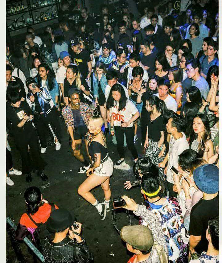 Soirée des Asian Dope Boys, collectif initié par Chen Tianzhuo, au club Lantern à Pékin.