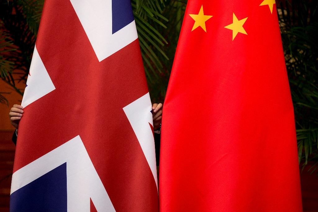 Le drapeau du Royaume-Uni et de la Chine
