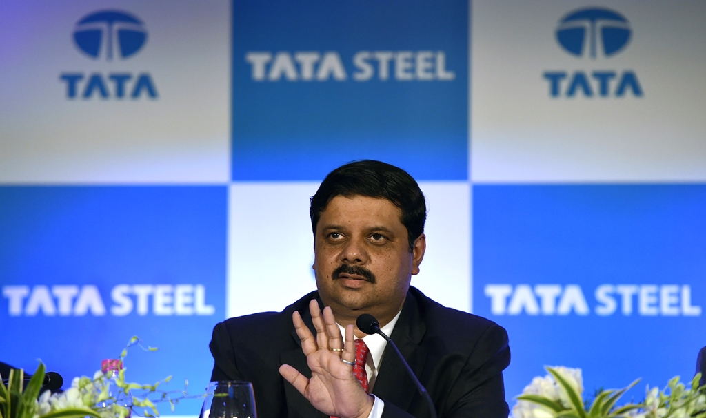 Koushik Chatterjee, directeur général du groupe indien Tata Steel lors d'une conférence de presse à Mumbai le 25 mai 2016.