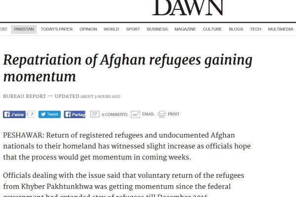 Le nombre de familles de réfugiés afghans repassant la frontière pakistanaise est en forte hausse, après une augmentation de l'aide de l'ONU qui leur est allouée. Copie d'écran de Dawn, le 28 juillet 2016.