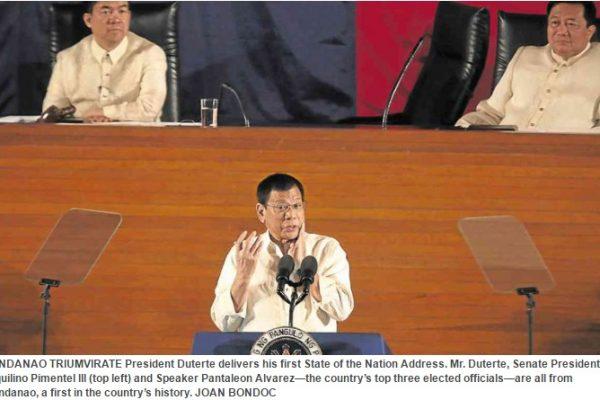 """Le Président philippin Rodrigo Duterte a annoncé lors de son premier """"discours sur l'état de la nation"""" un cessez-le-feu avec les communistes. Copie d'écran de Inquirer, le 26 juillet 2016."""