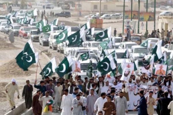 Des manifestations ont éclaté dans de nombreuses villes du Baloutchistan suite au discours du Premier ministre indien. Copie d'écran de l'Express Tribune, le 19 août 2016.