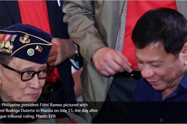 L'ancien président philippin est en visite à Hong Kong pour relancer les relations entre les deux pays. Copie d'écran du South China Morning Post, le 8 août 2016.