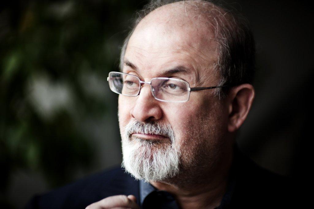 L'auteur Salman Rushdie.
