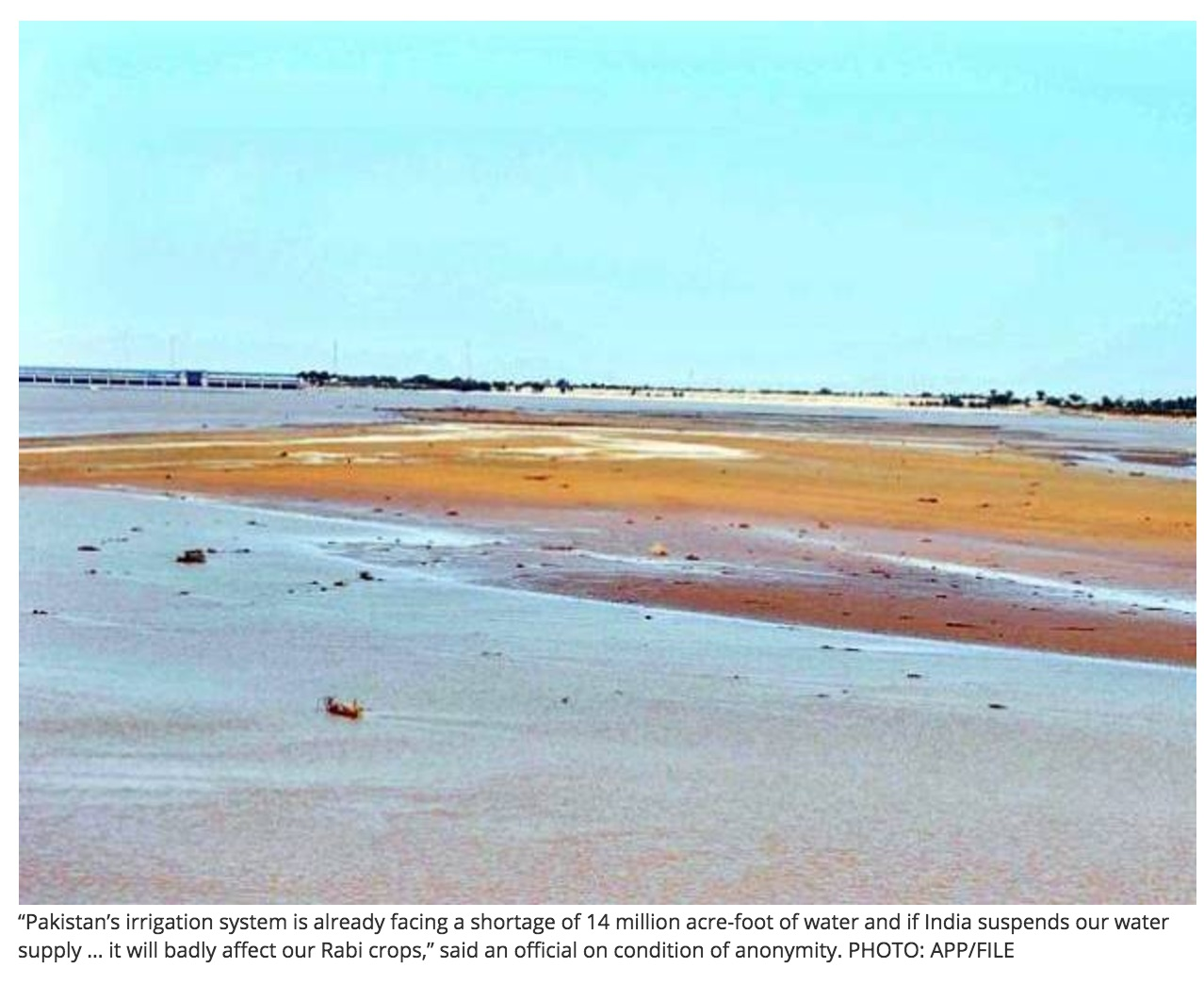 Le Pakistan manque cruellement d'infrastructures pour pouvoir conserver l'eau de pluie ou issue de la fonte des glaciers. Copie d'écran de Tribune, le 29 septembre 2016.