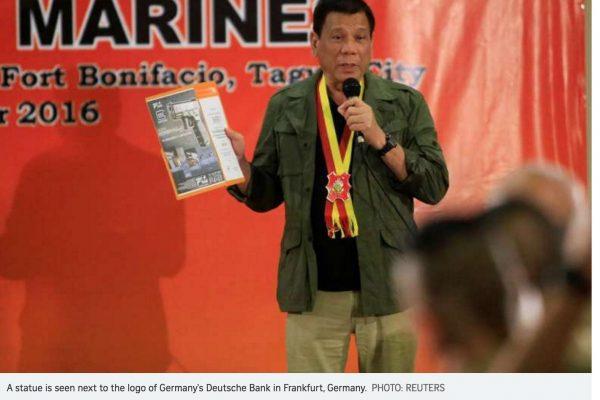 Alors que Duterte ne lésine pas sur les critiques envers les Etats-Unis, il s'assure de ne pas se mettre à dos leur principal allié : l'armée philippine. Copie d'écran du Straits Times, le 28 septembre 2016.