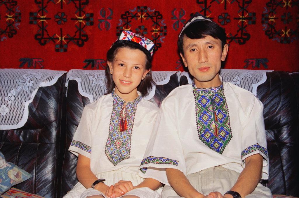 Zmulet et moi, Urumqi 1995. (Crédit : Ma Kang).