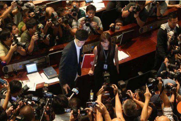 Le conseil législatif n'arrive toujours pas à franchir l'étape des serments des députés élus le 4 septembre dernier. Copie d'écran du South China Morning Post, le 26 octobre 2016.