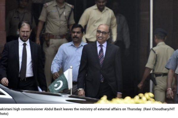 Les autorités indiennes s'adonnent-elles à des représailles diplomatiques ? Copie d'écran du Hindustan Times le 27 octobre 2016.
