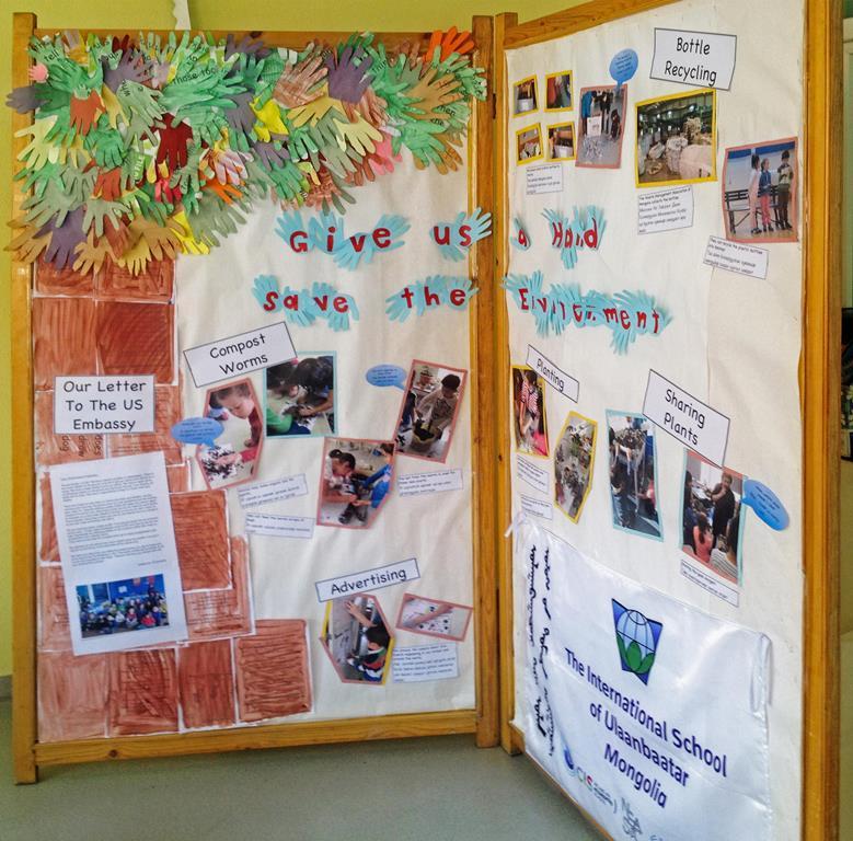 """La """"feuille de route"""" des Ecovengers, groupe d'écoliers pour l'environnement, à l'école internationale d'Oulan-Bator."""