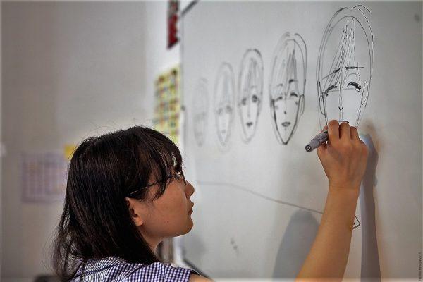 Chiharu Nakashima donne un cours de manga à l'EIMA.