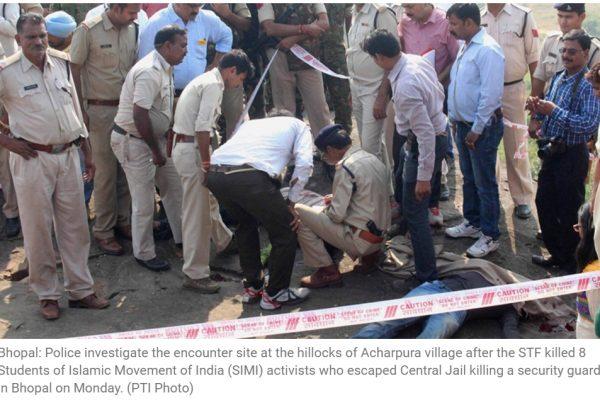 Les jours passent et de nouvelles informations sont divulguées sur la mort des huit évadés de la prison de Bhopal. Copie d'écran de The Indian Express, le 4 novembre 2015.