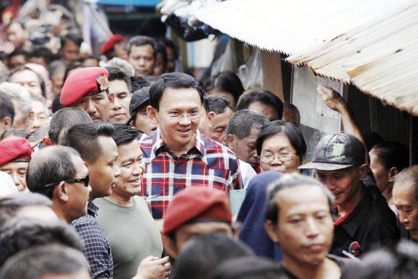 """Basuki """"Ahok"""" Tjahaja Purnama, le gouverneur de Jakarta, en campagne pour sa réélection. (Crédits : JP/Dhoni Setiawan) Copie d'écran du Jakarta Post, le 16 novembre 2016."""