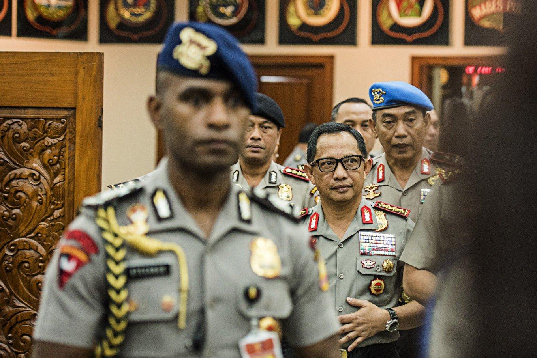 Tito Karnavian, chef de la police indonésienne, craint qu'un complot ne puisse mener au renversement de Jokowi après l'interdiction de deux manifestations contre Ahok, le gouverneur de Jakarta (Crédit : Antara/M.Agung Rajasa). Copie d'écran du Jakarta Post, le 24 novembre 2016.