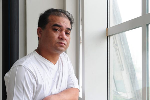 Le professeur d'université et blogueur ouîghour Ilham Tohti avant l'un des ses cours, à Pékin le 12 juin 2010.
