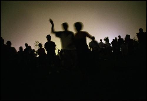 Danse et ombres chinoises lors du festival coorganisé en 2005 à Pékin par les Transmusicales de Rennes et le Bureau des Musiques Actuelles de l'ambassade de France.