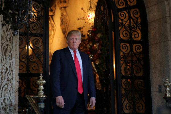Le président-élu Donald Trump en pause durant une rencontre avec les médias à Palm Beach en Floride, le 21 décembre 2016. [Photo/Agencies] Copie d'écran du China Daily, le 4 janvier 2017.