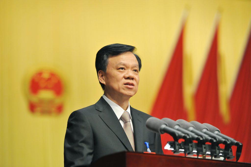 Chen Min'er, chef du parti de la province chinoise du Guizhou lors de la 3ème de la 12ème session de l'Assemblée national populaire provinciale, à Guiyang le 26 janvier 2015. (Crédits : Zhui ying / Imaginechina / via AFP)