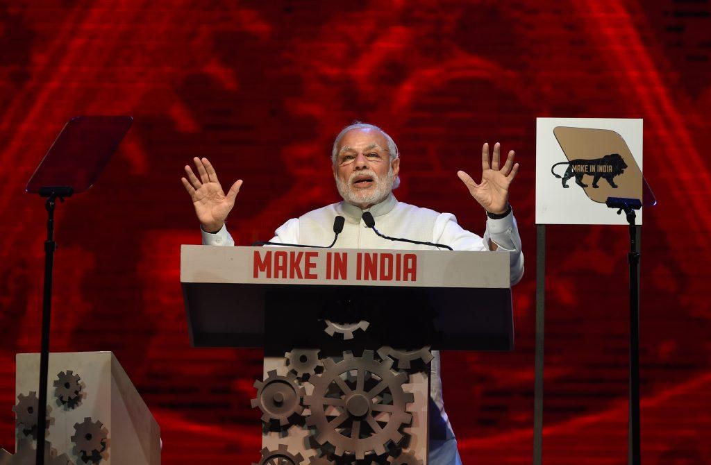 """Le Premier ministre indien Narendra Modi lors de la cérémonie d'ouverture de la """"semaine du Make in India"""" à Mumbai le 13 février 2016. (Crédits : AFP PHOTO / PUNIT PARANJPE / AFP PHOTO / PUNIT PARANJPE)"""