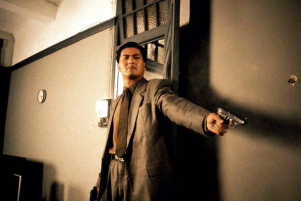 "Chow Yun Fat dans ""The Killer"", un film de John Woo sorti en 1989."