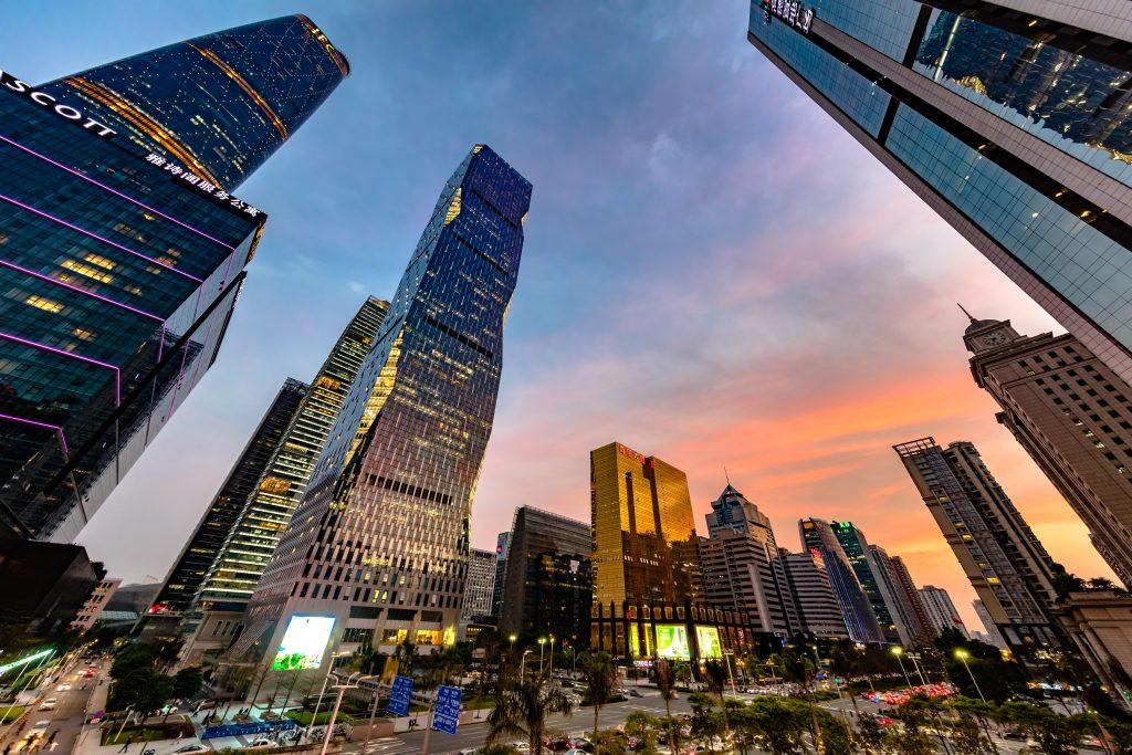 Le quartier d'affaires à Canton, au sud de la Chine, le 25 mars 2016. (Crédits : Zhou junxiang / Imaginechina / via AFP)