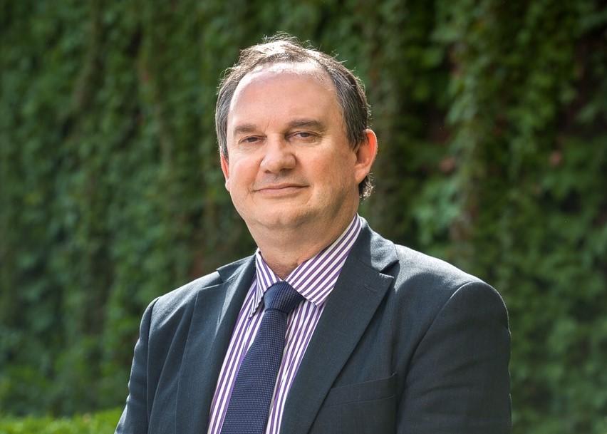 Francis Nizet, conseiller consulaire pour la Chine, la Mongolie et la Corée du Nord, et candidat pour les élections législatives du 3 juin 2017 à la 11ème circonscription des Français de l'étranger. (Crédits : DR)