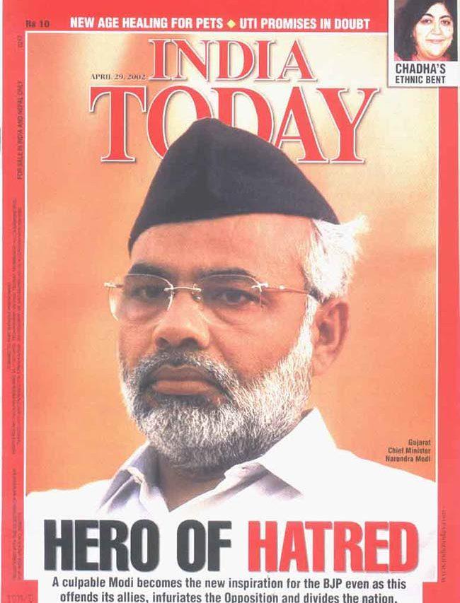 En couverture du magazine India Today du 29 avril 2002, Narendra Modi, alors ministre en chef du Gujarat, est accusé d'incitation à la haine et à la violence interreligieuses après l'incendie de Godhra et les émeutes anti-musulmanes. Il devient aussi le héros des nationalistes hindous. (Crédits : India Today)